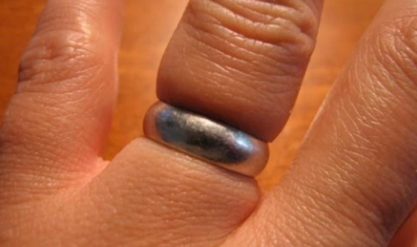 ВИДЕО: Златар би го пресекол прстенот, но овој инженер дошол до генијална идеја