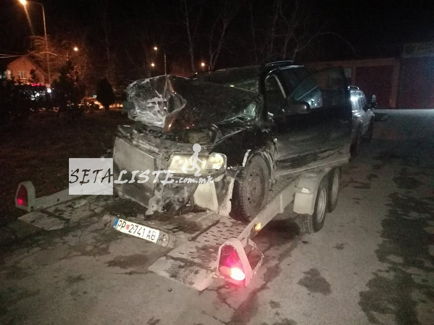 ФОТО: Страшна сообраќајка вечерва во Македонија- три лица се тешко повредени