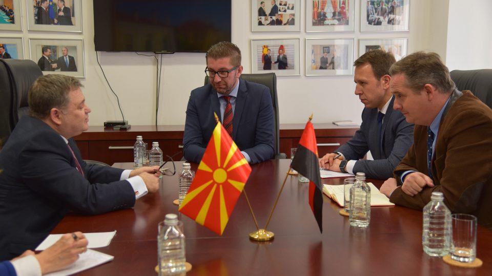 Мицкоски оствари средба со францускиот амбасадор Тимоние: Загрижувачки е застојот во економијата и реформските процеси