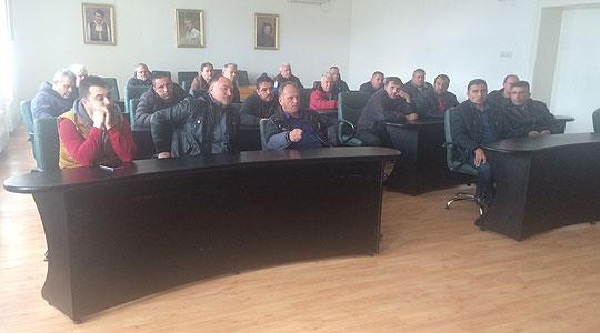 Таксистите со проблеми во Неготино – Инспекција не им дозволува да превезуваат патници до Кавадарци, остварија средба со Јанчев