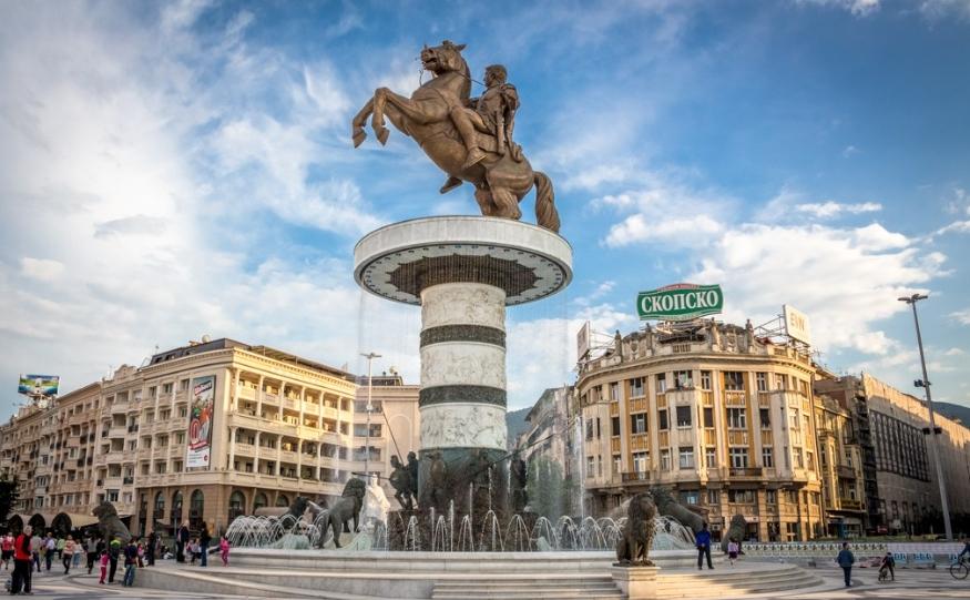 Грчев се понуди да плати за дислокација на споменикот на Александар Македонски