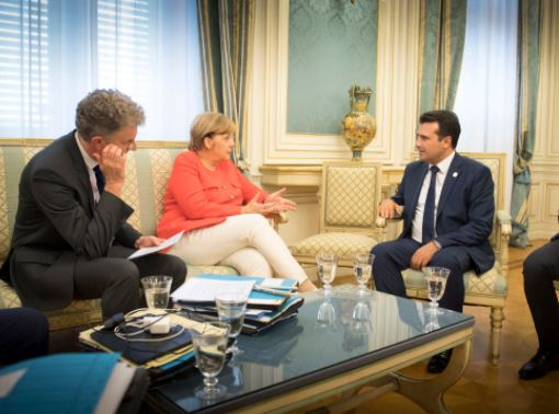 Средба Заев-Меркел на 21 февруари