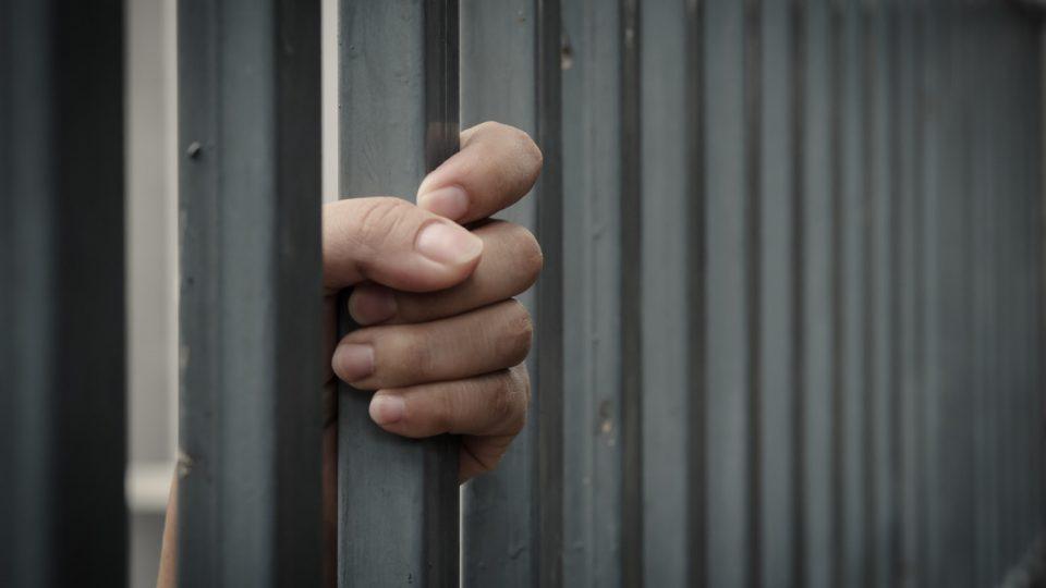 Калифорнија планира да ослободи 3.500 затвореници со лесни казни за да спречи ширење на Ковид-19