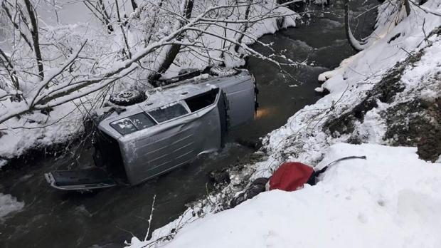 Ужасна трагедија го потресе Балканот: Чичкото во матната вода очајно се обидувал да ја пронајде и спаси Анѓела (ФОТО)