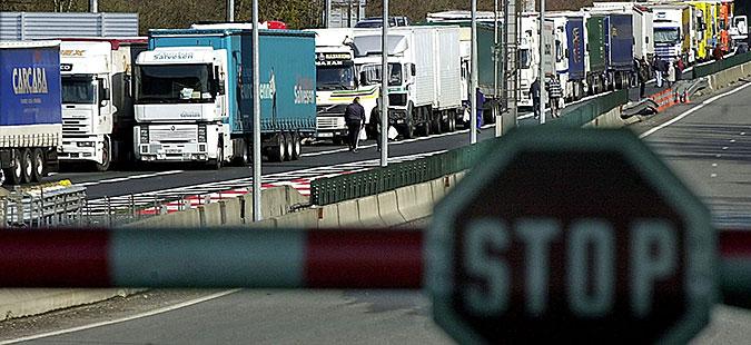 Македонија и Србија ќе ги укинуваат трговските бариери
