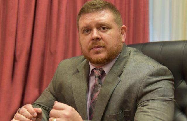 Професорот Нацев открива нов скандал во Министерството за одбрана