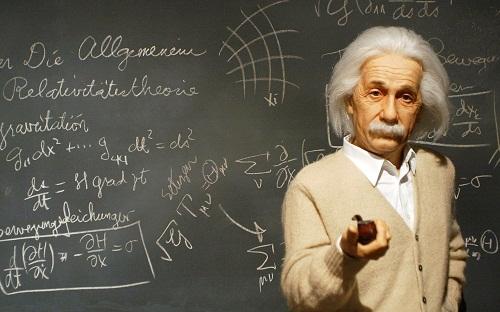 Писмо на Ајнштајн продадено за повеќе од 100.000 долари- еве што било напишано во него