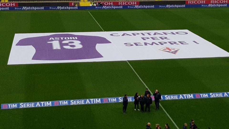ФОТО: Навивачите на Фиорентина со последна порака до Астори, траорна атмосфера во Фиренца