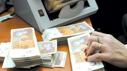 СДСМ денес ја задолжи државата за над 56 милиони евра, капитални инвестиции нема