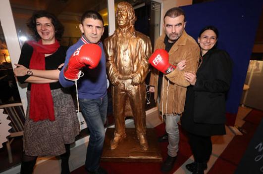 ФОТО: Чак Норис доби споменик во Загреб