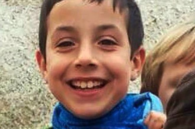 Исчезнатото момче пронајдено мртво во автомобилот на девојката на татко му