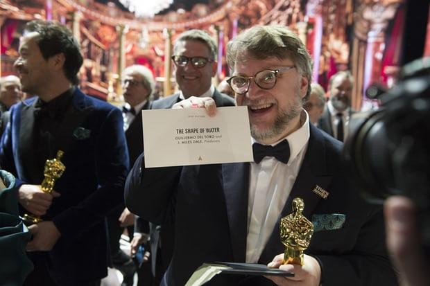 """""""Обликот на водата"""" доби Оскар за најдобар филм"""