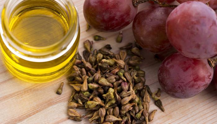 Откриена тајна која била криена со години: Семките на ова овошје го убиваат ракот
