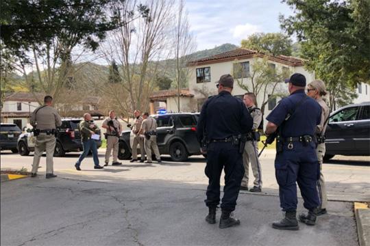 Три жени убиени, напаѓачот мртов- детали за заложничката драма во Калифорнија