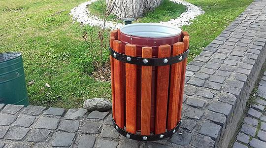 Поставени 50 нови корпи за отпадоци во Крива Паланка