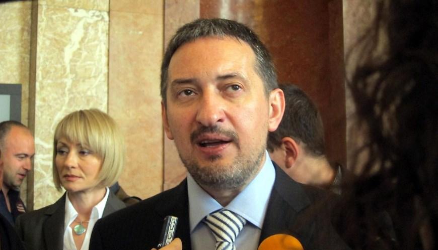 Георгиевски: Македонија е влезена во една голема дипломатска замка