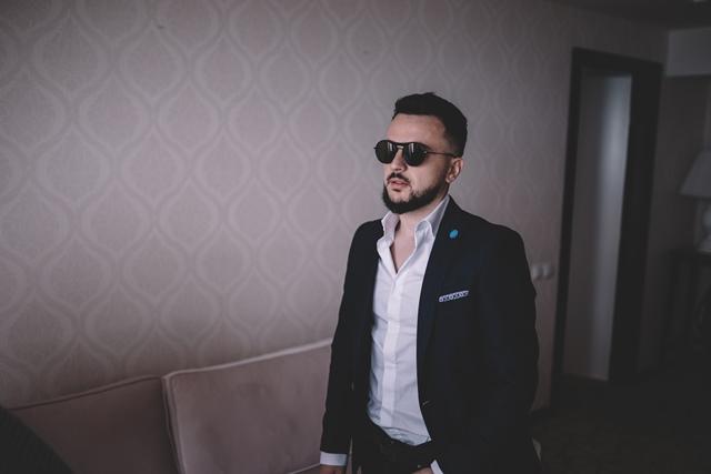 За сите кои живеат далеку од татковината Македонија: Новата песна на Влатко ќе ви ги разбуди емоциите (ВИДЕО)