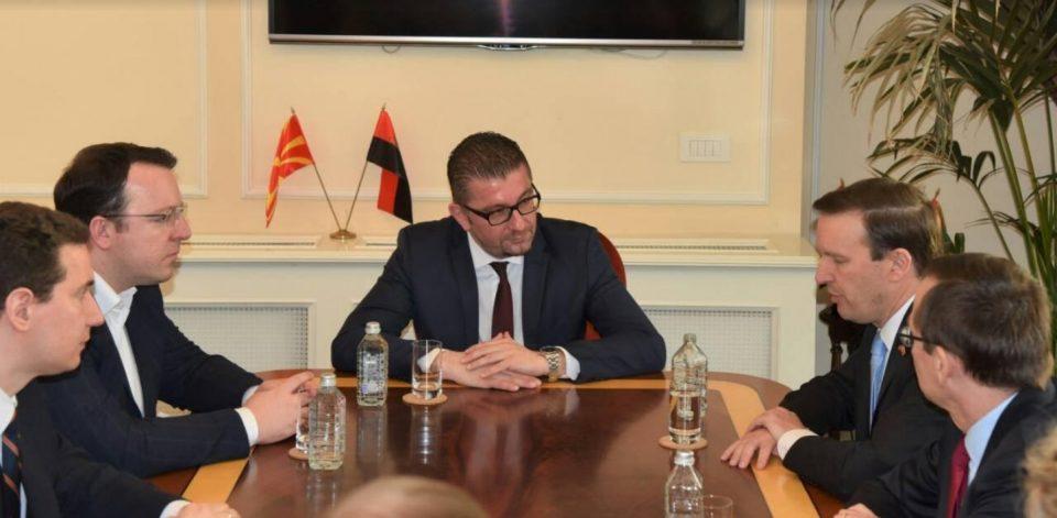 Средба на Мицкоски со американскиот амбасадор Бејли и сенаторот Марфи (ФОТО)