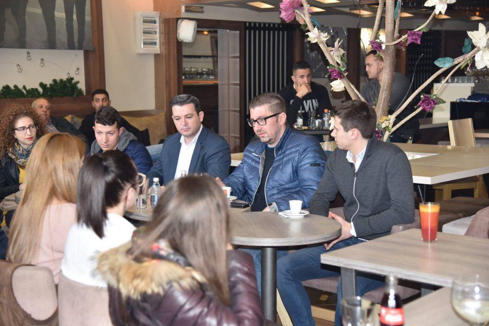 Мицкоски: Невработеноста и безперспективноста главниот проблем на младите, тие заслужуваат подобро
