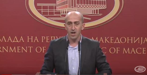 ВИДЕО: Министерот за правда си поднесе оставка од македонската Влада