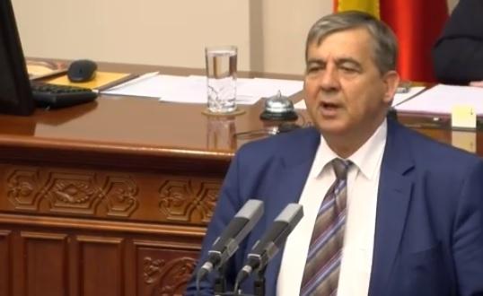 Минов: Двојазичност каде што има нула Албанци не значи унапредување на правата на Албанците бидејќи таму нема Албанци