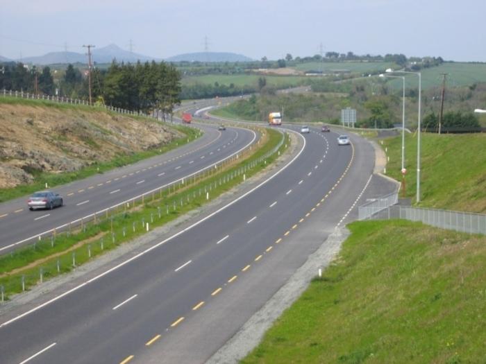 Каква е состојбата на патиштата ширум Македонија: Каде треба да сте посебно внимателни?
