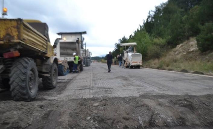 Заев помпезно најавува инвестициски циклус: Ветува проекти започнати и реализирани од минатата Влада (ФОТО)