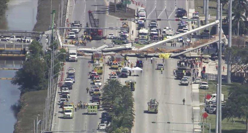 Хорор во Мајами: Се урна пешачки мост, има загинати (ВИДЕО)