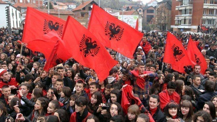 Граѓанската Лига на ДиоГарди: Повик до Парламентот на Македонија под итно да ја имплементира Албанската (Тиранска) Платформа