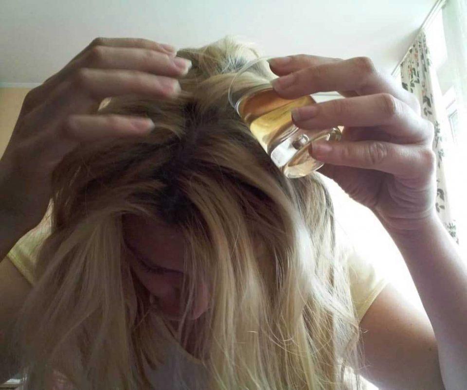 Ставете ракија на косата- ќе се изненадите од резултатите