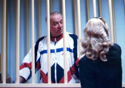 Поранешниот руски шпион и неговата ќерка отруени со нервен гас