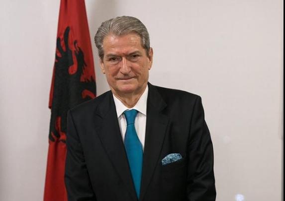 Бериша: Законот за јазици е важно достигнување на целата албанска нација