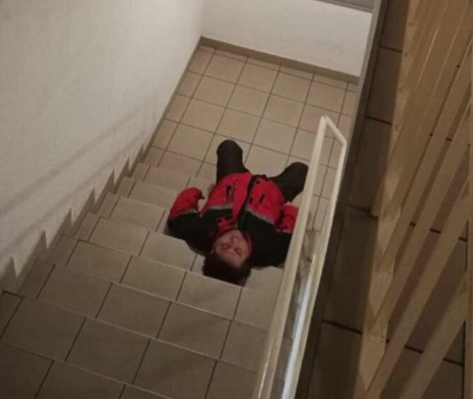 ВИДЕО: Познатиот фолкер откри што му се случувало и зошто заспал на скали