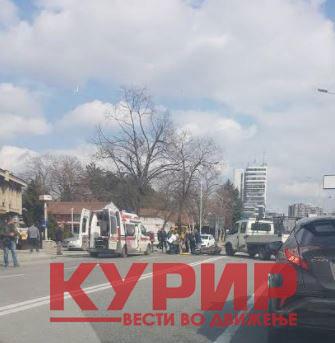 """ФОТО: Тешка сообраќајка на """"Гологанов"""""""