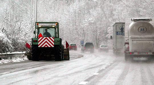 Забрана за движење на камиони на превојот Стража