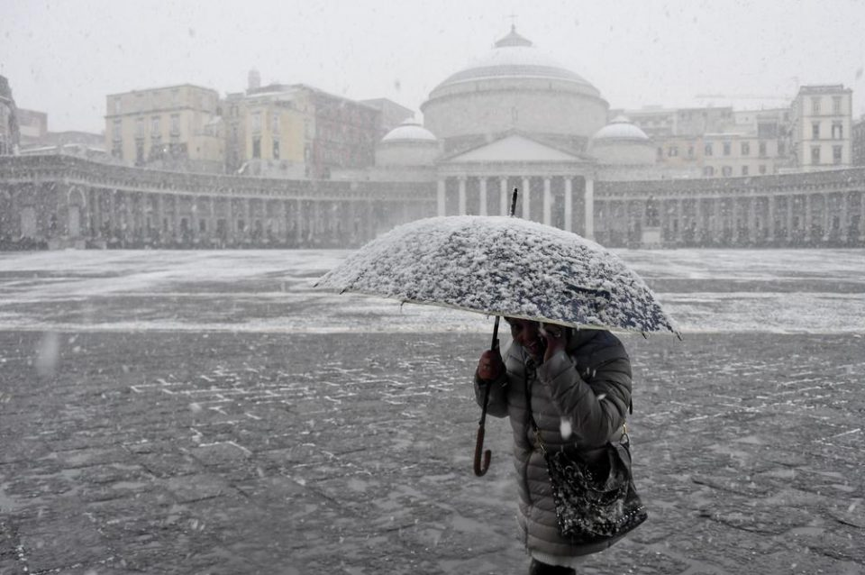 Најмалку 55 починати од студот кој ја зафати Европа
