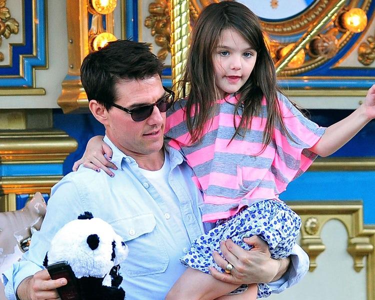 Тој е меѓу најпосакуваните актери, но лош татко: Том Круз со години одбива да си ја види ќерката