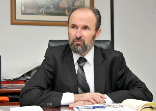 Трајановски до Шилегов: Вака ли ќе го правите Скопје зелена престолнина на Европа? (ВИДЕО)