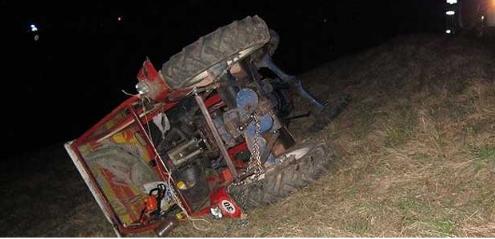 Тракторист пронајден починат откако се превртел со возилото