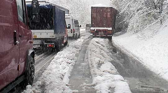 Забрана за тешки товарни возила на планинскиот превој Буково