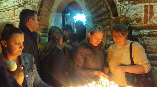 Велешани го чествуваат празникот Источен петок Балаклија