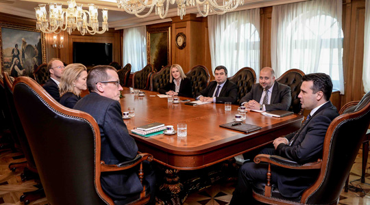 Заев – Мекилвам: Британска поддршка за интеграциите на Македонија