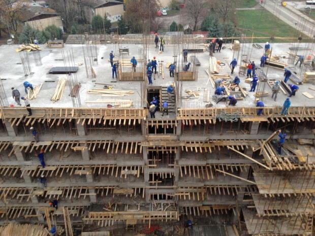 Во февруари 177 градежни дозволи, предвидени 610 станови