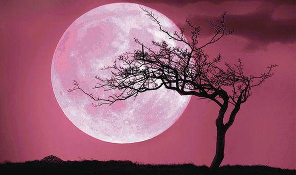Розова месечина: Еве какви промени ќе му донесе полната месечина на овој хороскопски знак на крајот на април