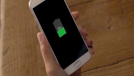 Со овој трик батеријата на телефонот ќе ви трае двојно повеќе