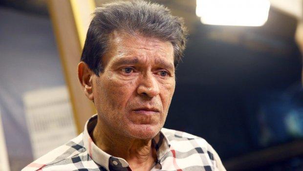 Пејачот со денови е врзан за болничкиот кревет- откако семејството на Синан сакало насилно да го изнесе се соочило со пекол