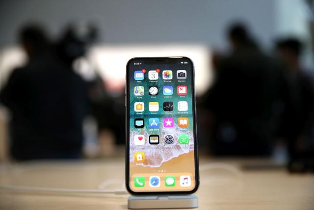 Истражување: Како изгледа кога корисник на Самсунг ќе се префрли на Ајфон?