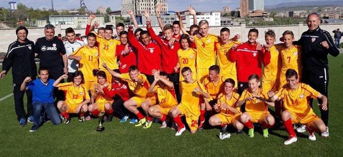Академијата на ФФМ втора на турнирот во Ерменија