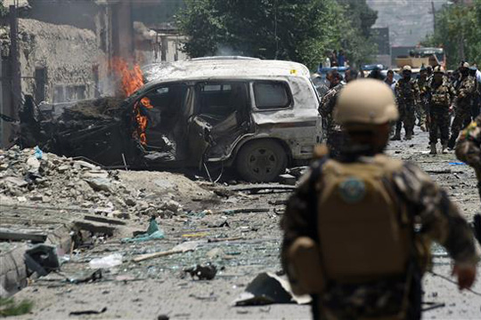 Два самоубиствени бомбашки напади во срцето на Багдад,  најмалку 28 загинати