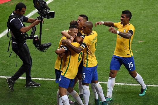 Бразил ќе спарингува со Хрватска и со Австрија